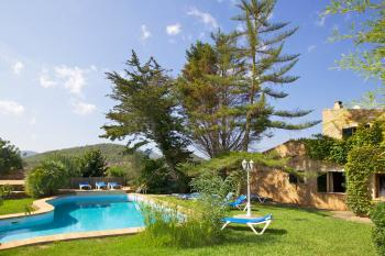 Relaxen im Garten oder im Pool