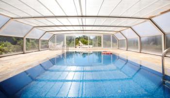 Beheizter Indoor-Pool