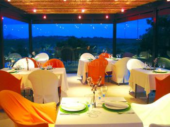 Restaurant mit Panoramablick