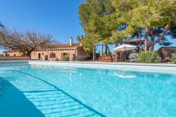 Mallorquine Finca mit Pool bei Sant Llorenc