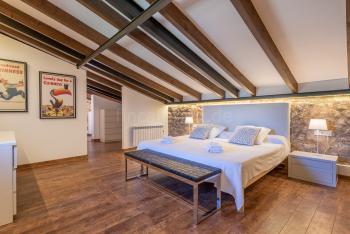 Schlafzimmer mit Ankleidebereich