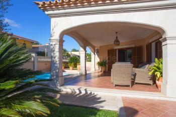 Ferienhaus für 7 Personen mit Pool