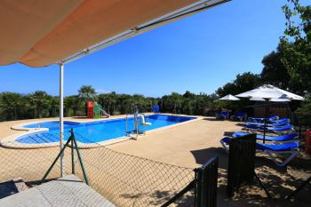 Strandnahe Finca mit eingezäuntem Pool