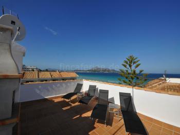 Strandnahe Ferienwohnung mit Dachterrasse