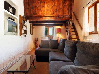 Wohn- und Esszimer mit Klimaanlage