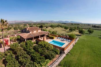Finca mit Pool und Klimaanlage bei Alcudia