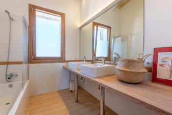 und Badezimmer en Suite