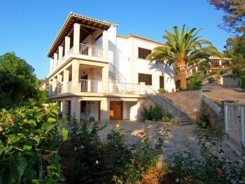 Mallorca Ferienhaus mit Pool und Klimaanlage