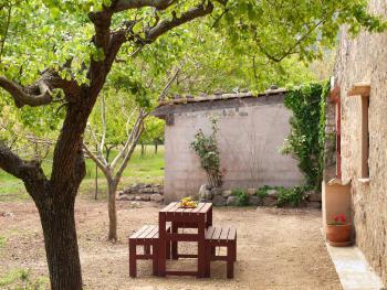 Essplatz im Garten