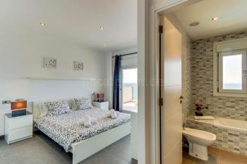 Meerblick und Badezimmer en Suite