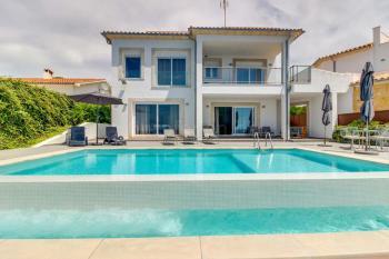 Strandnahe Villa für 8 Personen