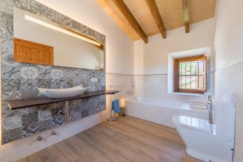 Großzügiges Bad en Suite