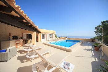 Villa mit Pool und Klimaanlage in Canyamel