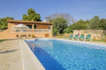 Ferienhaus mit Pool und Garten bei Portocolom