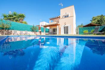 Strandurlaub im Ferienhaus mit Pool