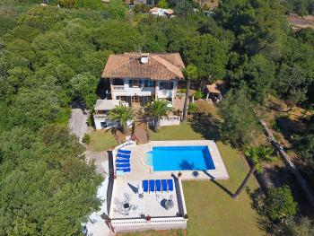 Mallorca Urlaub in großer Finca mit Pool