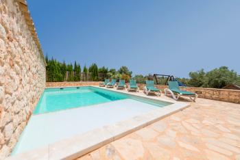 Finca mit Pool - Familienurlaub bei Son Carrio