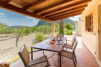 Überdachte Terrasse - Zugang Küche