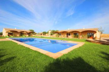 Apartments mit Pool und Klimaanlage