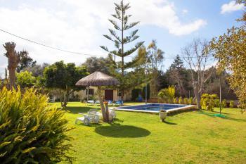 Ferienhaus mit Pool in ruhiger Lage bei Muro