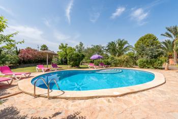 Finca für 8 Personen mit Pool und Garten