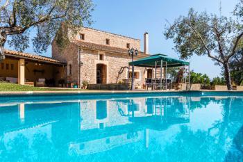 Natursteinfinca mit Pool für 6 Personen