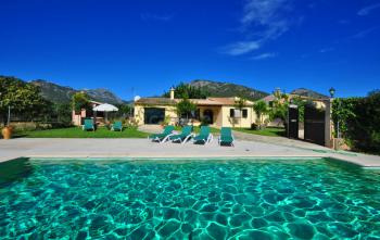 Ferienhaus mit Pool bei Campanet