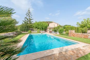 Ferienhaus mit Pool - Cala Murada