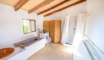 Außenbad mit Waschmaschine