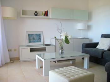 Wohnbereich mit Klimaanlage und Internet