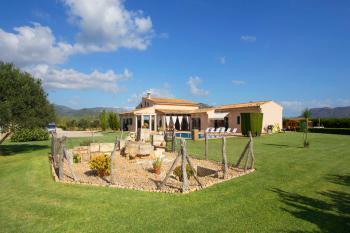 Mallorca Urlaub: Ferienhaus mit Pool und Garten