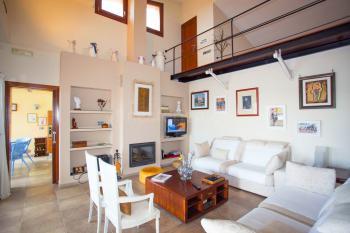 Wohnbereich mit Sat-TV und Internet W-LAN