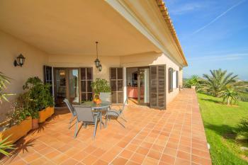 Terrasse mit tollem Panorama- und Meerblick