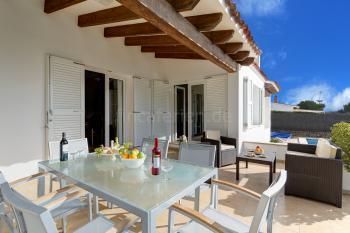 Strandnahes Ferienhaus in Binisafuller