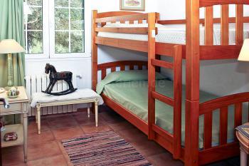 Schlafzimmer mit Etagenbett