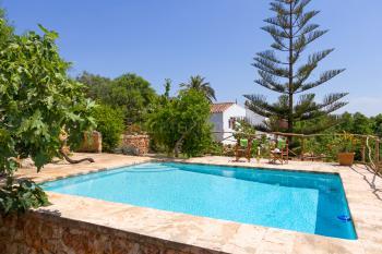 Finca mit Pool und Klimaanlage bei Ciutadella