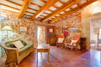 Wohnräume im menorquinen Landhausstil