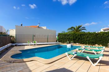 Ferienhaus für 6 Personen mit Pool