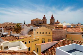 Großes, komfortables Ferienhaus in Ciutadella