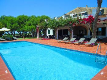 Finca-Hotel mit Pool