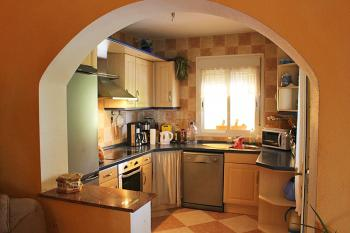 Offene Küche mit Geschirrspüler