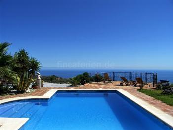Villa für 10 - 12 Personen mit tollem Meerblic
