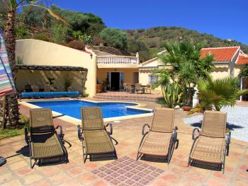 Ferienvilla mit Pool  bei Torre del Mar