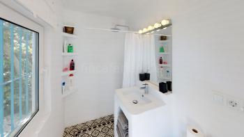 Duschbad im Apartment und...