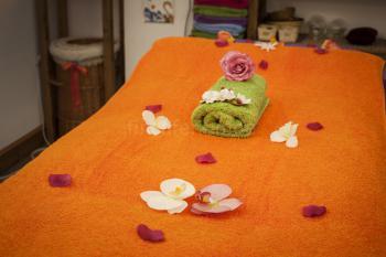 Verschiedene Massagen und Theraphien