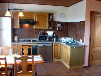 Küche mit Essplatz (Apartment 2)