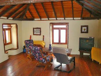 Wohnzimmer mit SAT-TV - Haupthaus