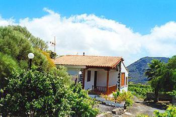 Ferienhaus im Westen auf Teneriffa bei Los Gigantes im Weinberg für 2 - 4 Personen - Aussenansicht