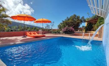 Ferienhaus für 2 Personen mit Pool