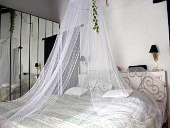 Schlafzimmer App. 1